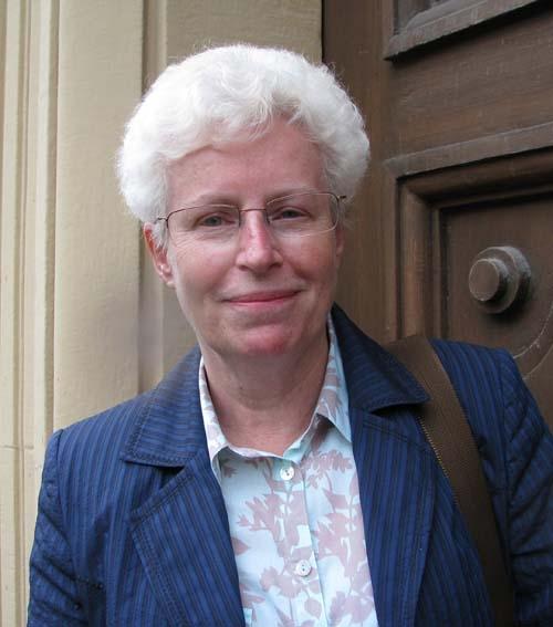 Ms Susan Barlow