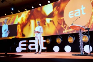 Initiativtagare till EAT, Gunhild Stordalen öppnar mötet