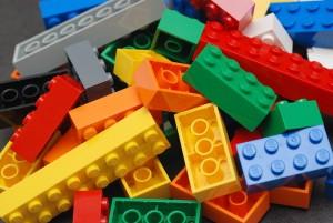 Till exempel Lego innehåller inga farligheter